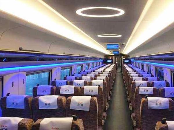 唐山高速列车